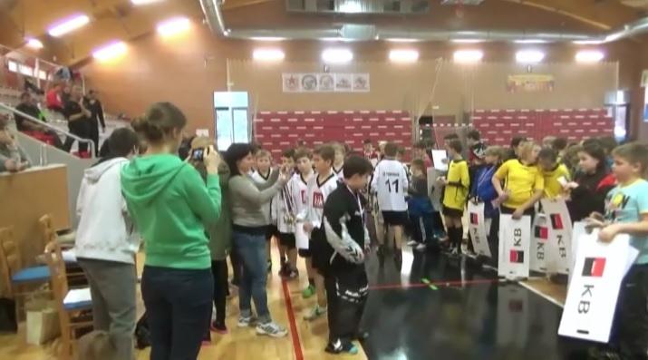 http://www.zs.tremosnice.indos.cz/videozpravy_15_16/5/5.jpg